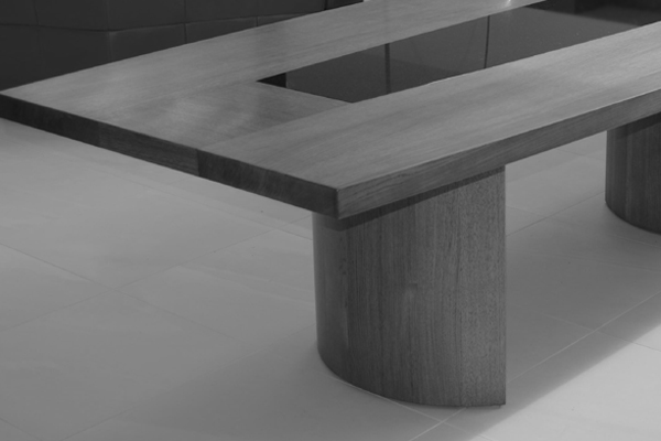 Crantock dining table